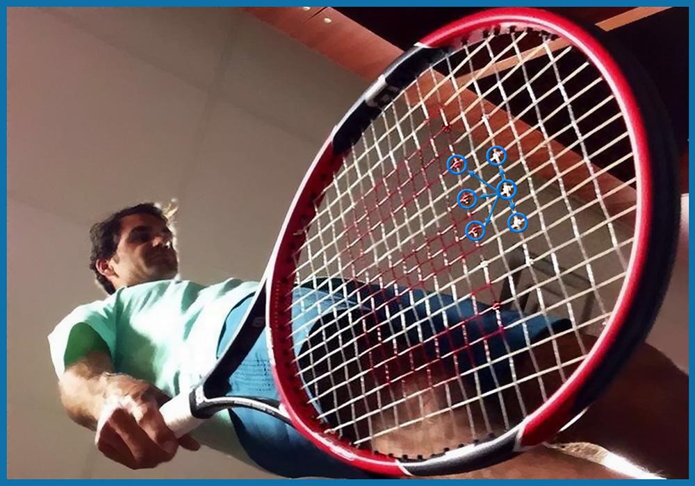 Защитные прокладки на струнах ракетки Роджера Федерера