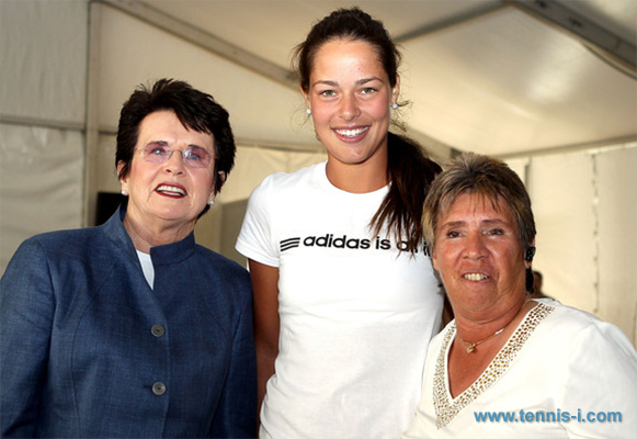 Billie Jean King Ana Ivanovic Rosie Casals 2013