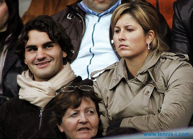 Rodger and Mirka Federer football 2005