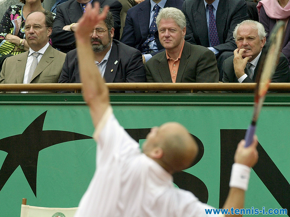 Andre Agassi Bill Clinton Christian Bimes French Open 2001